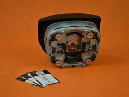 Подушка безопасности водителя Skoda Octavia A5 FL 1z0880201am