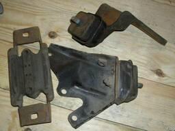 Подушка двигателя 3 шт Ford Fiesta MK3 (1989г-1995г)
