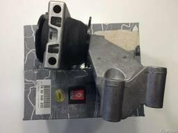 Подушка двигателя рено маскот,5010460754