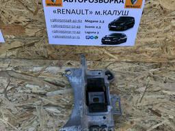 Подушка кронштейн коробки передач Renault Megane 3 Scenic III 09-15р. (Опора кпп Рено. ..