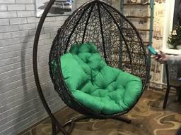 Подвесное кресло качель из искуственного ротанга