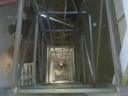 Подъёмник в металлокаркасной шахте 1000 кг