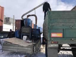 Погрузка контейнеров зерновыми культурами