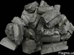 Покупаем древесный уголь твердых пород