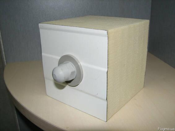 Полиамидное крепления для промышленных холодильных камер