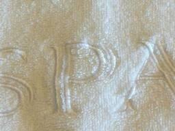 Простынь махровая белая с вышивкой