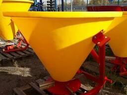 Польский разбрасыватель 300 кг фирмы Jar-Met Польша - фото 8