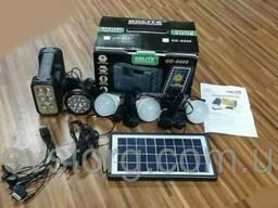 Портативное зарядное устройство с солнечной батареей GD-LITE