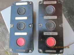 Пост кнопочный ПКЕ-222-3У2 10А