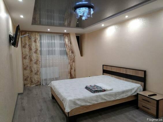Посуточно-Почасово 1-к квартира Фонтан-Вокзал в Новом доме