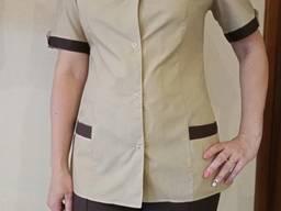 Поварской костюм женский. Ткань:батист, цвет бежевый, рукав короткий