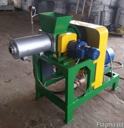Пресс для переработки отходов древисины в топливные брикеты
