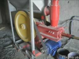Пресс для производства топливного брикета