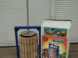 Пресс для винограда, яблок 25 литров с деревянной корзиной