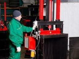 Пресс для вторсырья Мини на 2.2 кВт на 10 тонн.