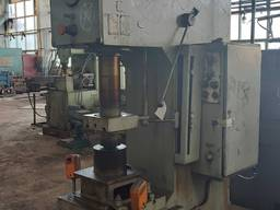 Пресс гидравлический одностоечный PYE-25S