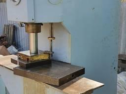 Пресс гидравлический П6320 усилие 10тонн