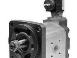 Продаем гидромоторы для привода вентилятора системы. ..