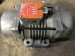 Продаем вибраторы площадочные ИВ-107А