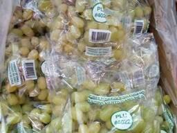Продаем виноград белый, оптом, мелким оптом