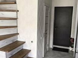 Продается 1 комнатная Квартира - коттедж ул. Гаврикова . Свободная. Заходи и живи .