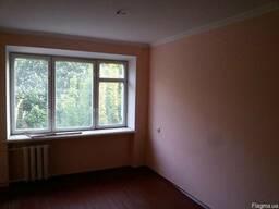 Продається кімната в гуртожитку , площа 19 кв.м..