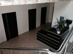 Продается офис-складской комплекс 1747 м. кв. (747 офис, 100