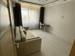 Продам 1 комнатную квартиру на Радужном
