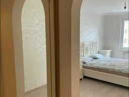 Продам 1-комнатную квартиру по ул. Урловськой, 36а (м. Позняки)