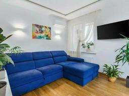 Продам 1-комнатную квартиру-студию по улице Ракетная 24, расположенную на 3 этаже 17. ..