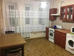 Двухкомнатная квартира в кирпичном доме на Таирова