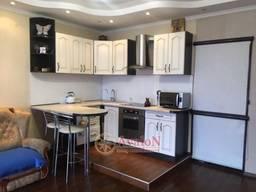 Продам 2-х комнатную квартиру на Сахарова ул.