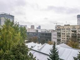 Продам 2-х комнатную квартиру в 2х минутах от площади Славы по ул. Михайла. ..