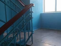 Продам 2-х комнатную на Бажова