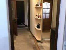 Продам 2-комнатную квартиру на Житомирской
