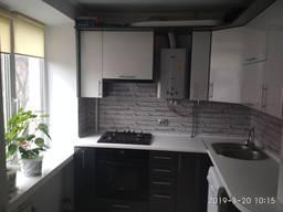 Продам 2-квартиру с евроремонтом в р-н Громова