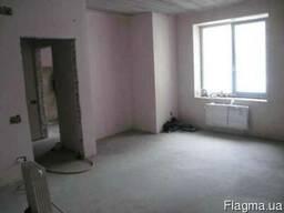 Продам 2х ком кв. 60 м2 ближний центр под жилье или офис