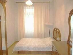 Продам 3-х комнатную квартиру по ул. Липская,15в (м. Арсенальна, Липки)