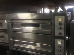 Продам б у печь для пиццы OEM DB12. 35-S с подставкой