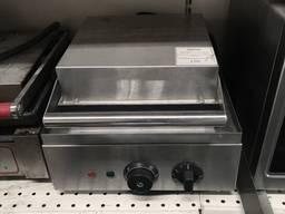Продам б/у профессиональную однопостовую вафельницу EWT INOX