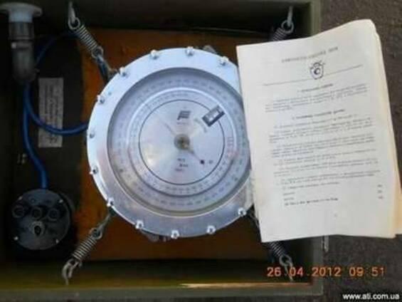 Продам барометр-анероид М-110 с паспортом родная упаковка