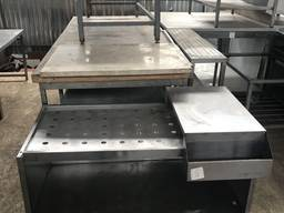 Продам бу стол из нержавеющей стали с карманом для бутылок