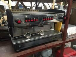 Продам двухпостовую кофемашину Conti бу
