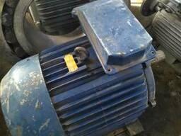 Продам эл. двигателя от 15квт до 75квт. Новые с хранения.