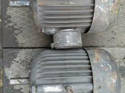 Продам електродвигатель 3 квт 950 оборотов