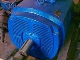 Продам электродвигатель М 315 250/1500