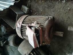 Продам электродвигатель 4ам 55квт/1500об ,,30квт/1500об