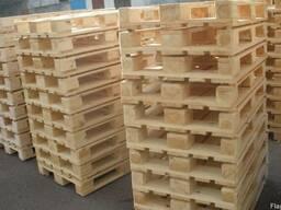 У производителя новые деревянные европоддоны разных сортов