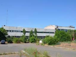 Продам фасадные здания площадью 2926 кв. м.