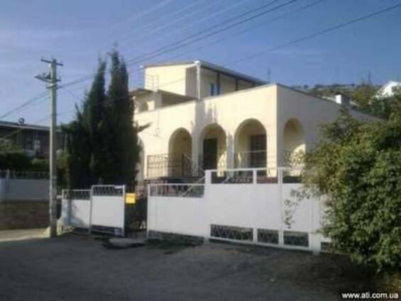 Продам или обменяю дом и гостиницу в Крыму